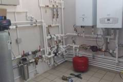 Система водоочистки в ресторане фильтры FM-B05 и магнитные преобразователи, система аэрации